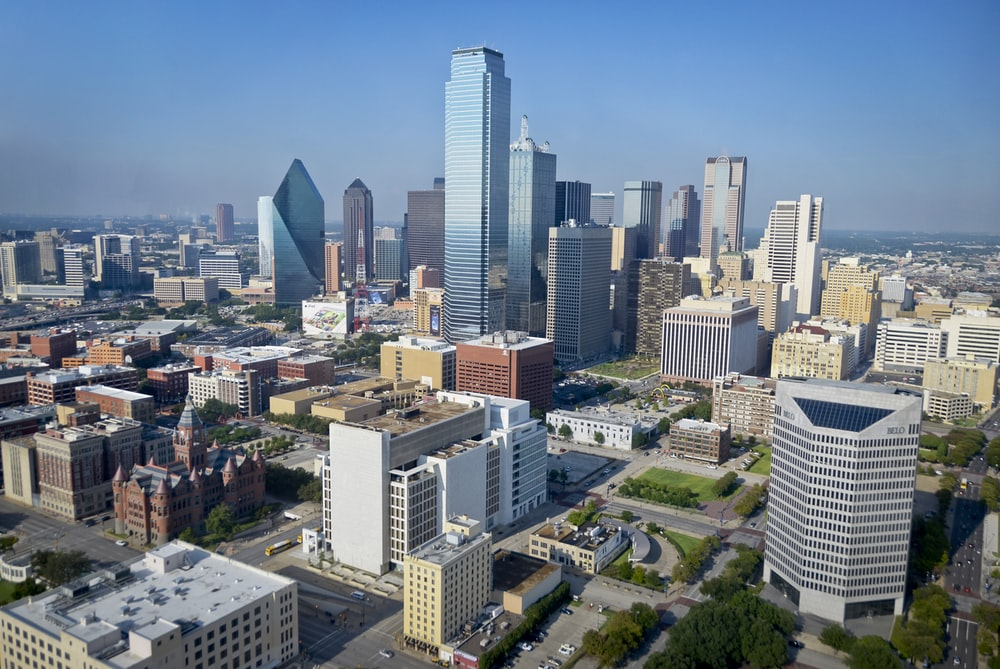 Junk Removal Dallas - Eagle Cleanup - Garage and yard cleanup. Construction site cleanup. Professional trash removal services for your home or business.